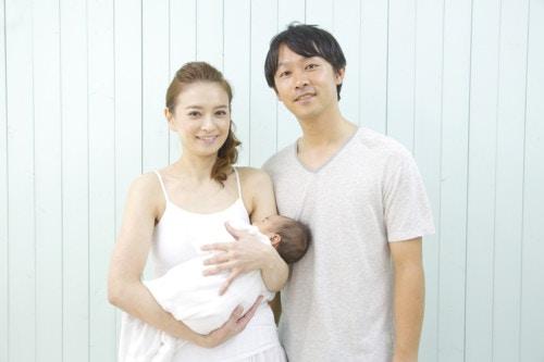 新生児 抱っこ
